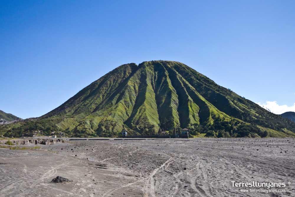 Viajes-indonesia-volcanes-03