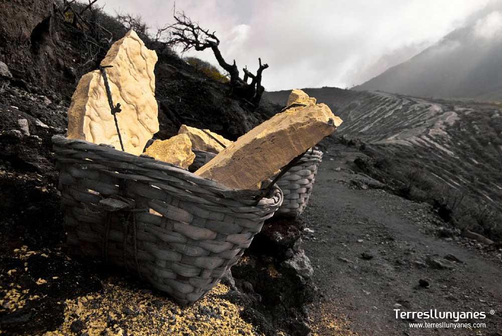 Viajes-indonesia-volcanes-09