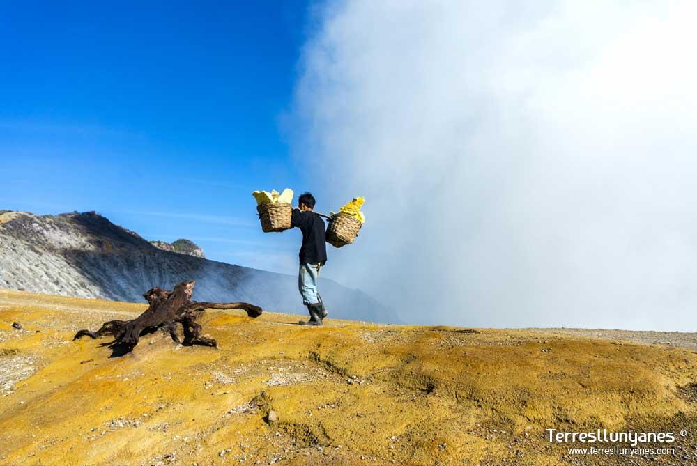 Viajes-indonesia-volcanes-10